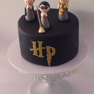 Adorable Harry Potter Theme Cake